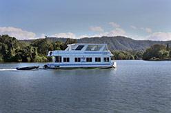 Houseboat cruising